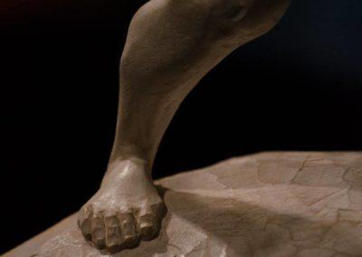 Davide Galbiati, sculptures - Détail Nouvelle approche, tilleul, 26x32x68, 68 cm , 2016